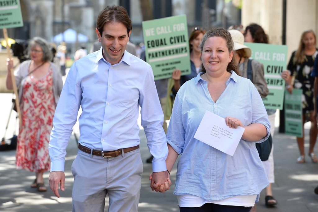Heterosexual couple want civil partnership