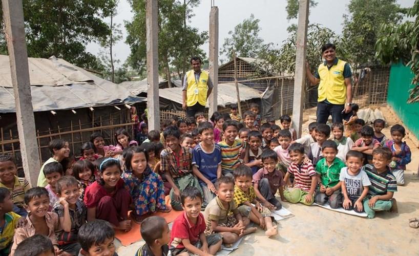 Картинки по запросу In Bangladesh refugee camps, Rohingya youth speak out