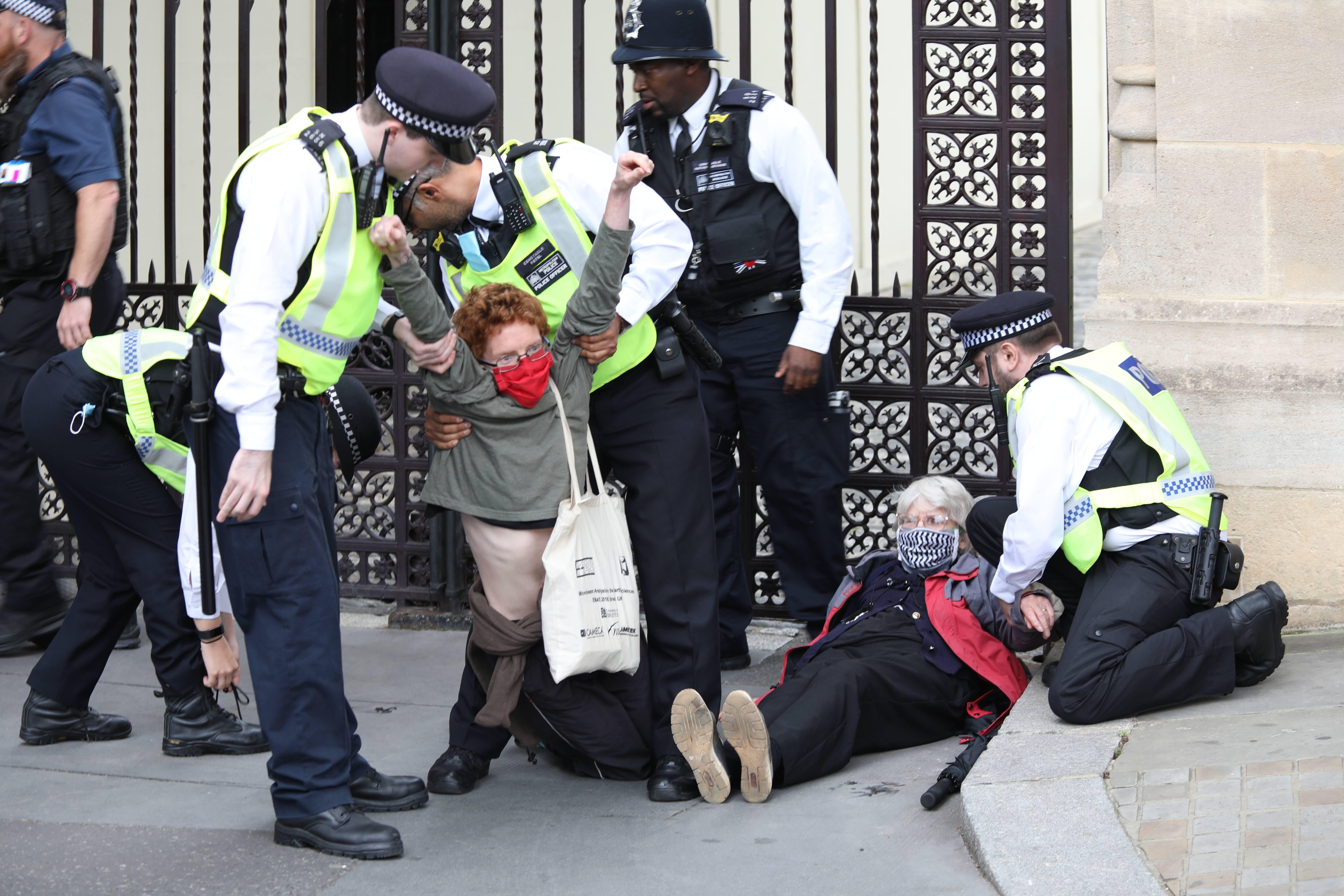 Man arrested for vandalising Winston Churchill statue during Extinction Rebellion protest